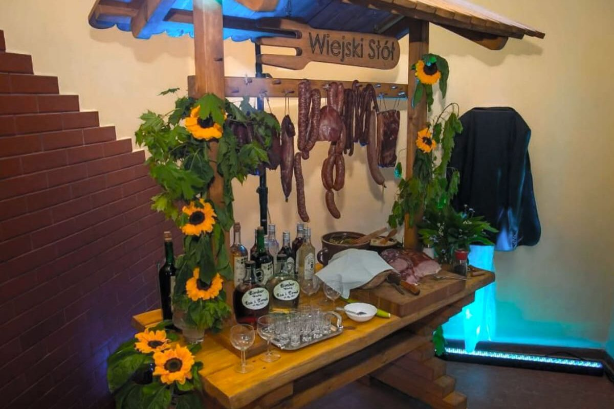 Stół wiejski na wesele – co i jak ?