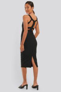 tania-czarna-sukienka